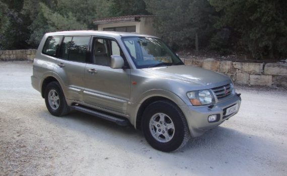 Car for sale in Paphos Cyprus : Champagne Mitsubishi Pajero