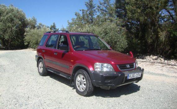 Car for sale in Paphos Cyprus : Maroon Honda CRV