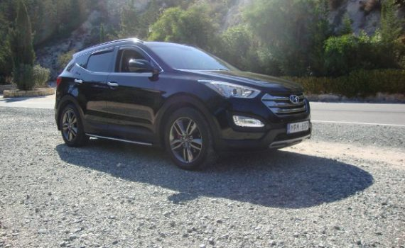 Car for sale in Paphos Cyprus : Black Hyundai Santa Fe
