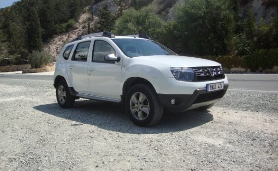 Car for sale in Paphos Cyprus : White Dacia Duster Laureate