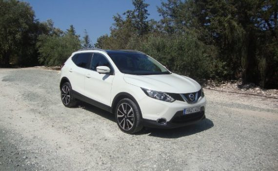 Car for sale in Paphos Cyprus : White Nissan Qashqai